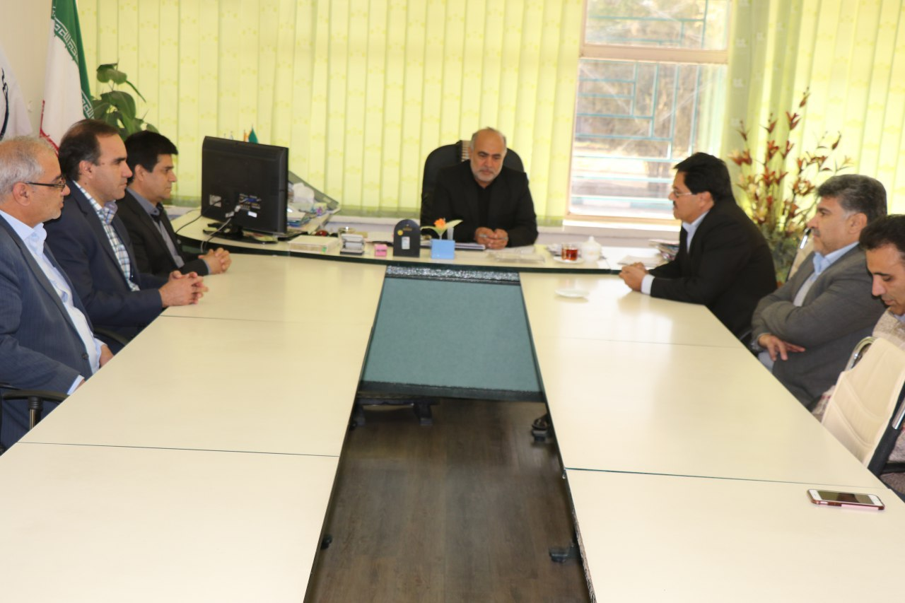دیدار مدیرعامل و مسئولین نیروگاه با شهردار زرند