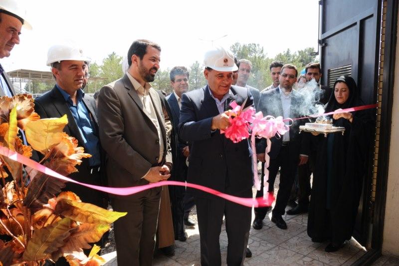 افتتاح دو طرح صنعتی در نیروگاه زرند به مناسبت هفته دولت