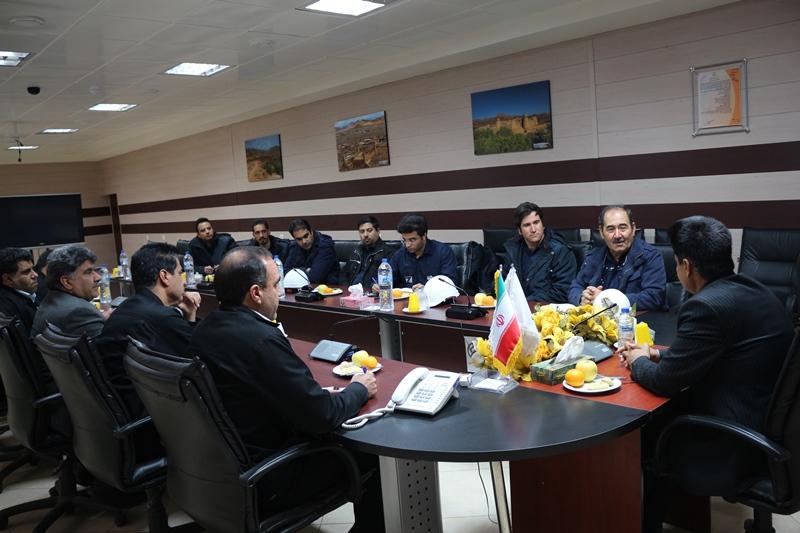 انعقاد تفاهم نامه نیروگاه زرند با شرکت فولاد زرند ایرانیان